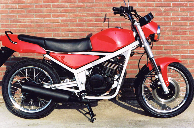 01-01-1991 BMW 250 cc prototype (7)